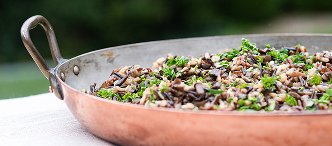Parslied Baked Rice with Mushrooms